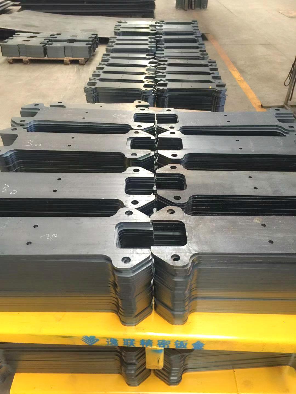 激光切割碳钢时出现的工艺问题